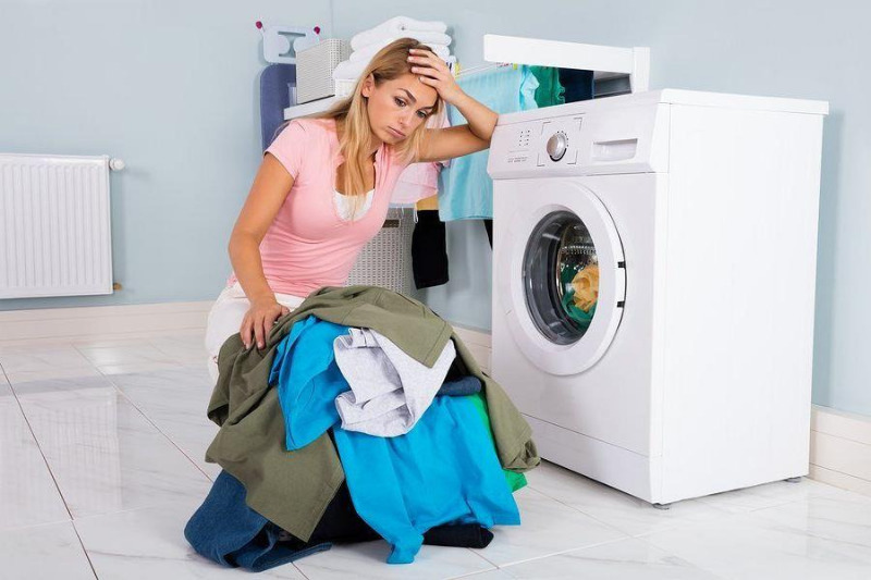 Перестала работать стиральная машина: когда вызывать специалиста, а когда можно справиться своими силами 1